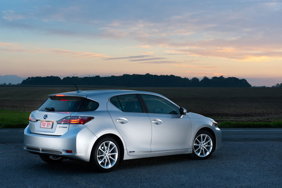 Lexus CT200h Side View