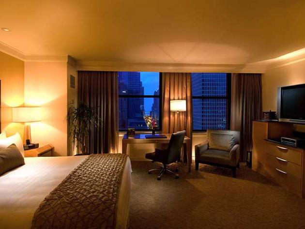 Conrad-Chicago_Guestroom