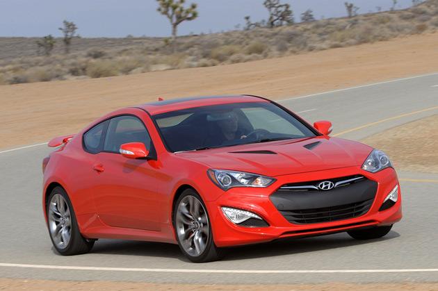 2013-Hyundai-Genesis-Sport-Coupe-3.8-Track-1