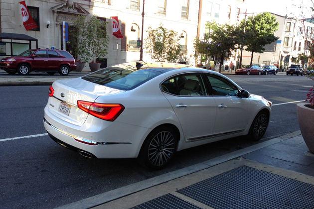 2014 Kia Cadenza at Sbraga
