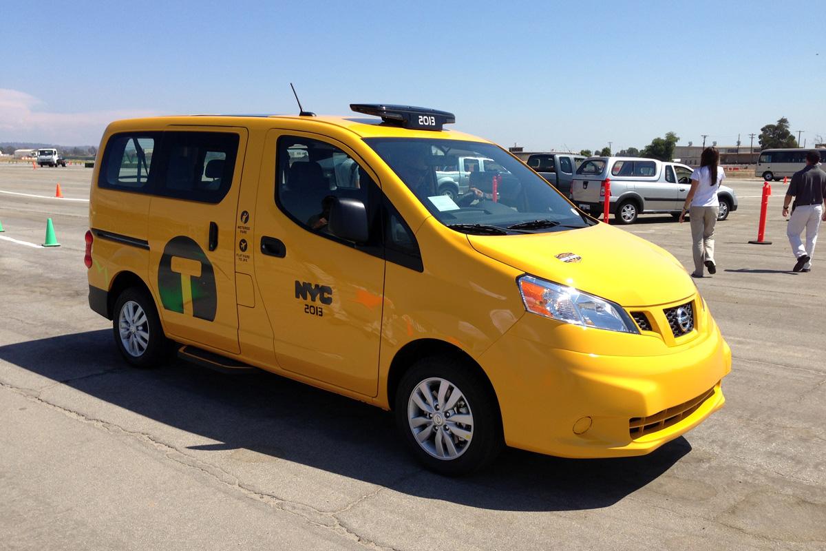 Nissan 360 - NYC Taxi