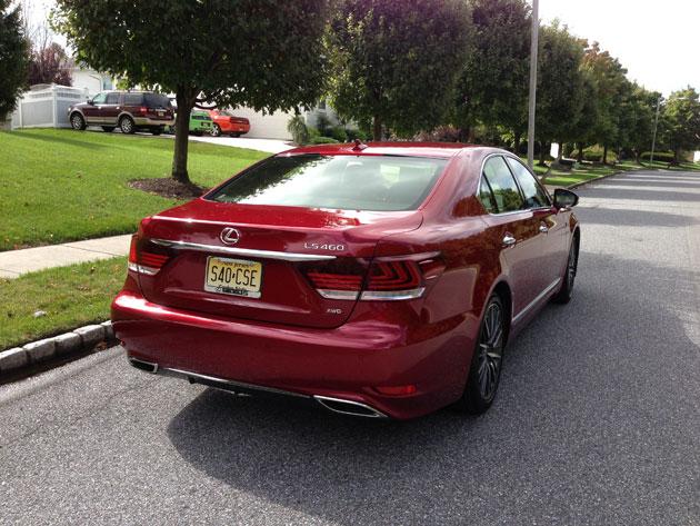 2013-Lexus-LS460-FSPORT-2