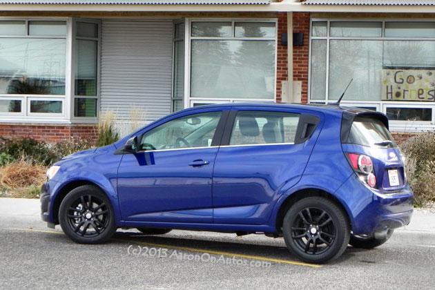 2014-Chevrolet-Sonic-3