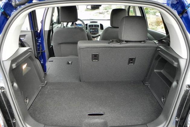 2014-Chevrolet-Sonic-6