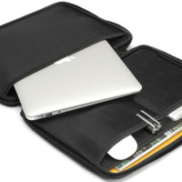Booq Viper Hardcase Keeps Your Tablet or MacBook Air Safe