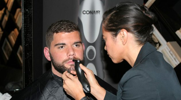 NY Giants Justin Pugh Stays Trimmed With Conair 2 Blade Cutting System