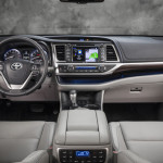2014-Toyota-Highlander-Interior-2