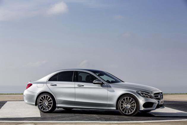 2015-Mercedes-Benz-C-Class3