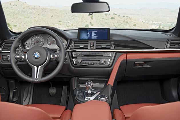 2015-BMW-M4-Convertible8