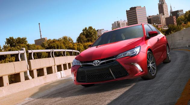 2015-Toyota-Camry-1