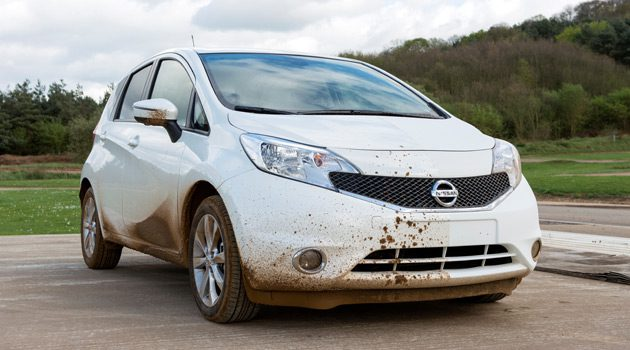 """Nissan Developed A """"Self-Cleaning"""" Car"""