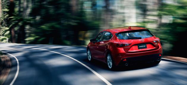 2014-Mazda3-Hatch-2