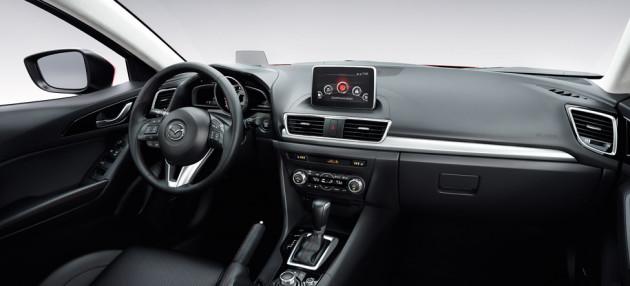 2014-Mazda3-Hatch-4