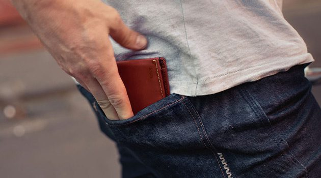 Bellroy Slim Sleeve Wallet – Slim Design To Reduce Pocket Bulk