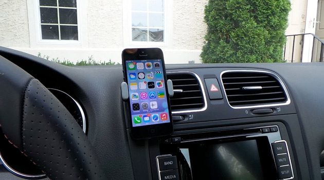 Keep Your Phone Safely In View With The Kenu Airframe