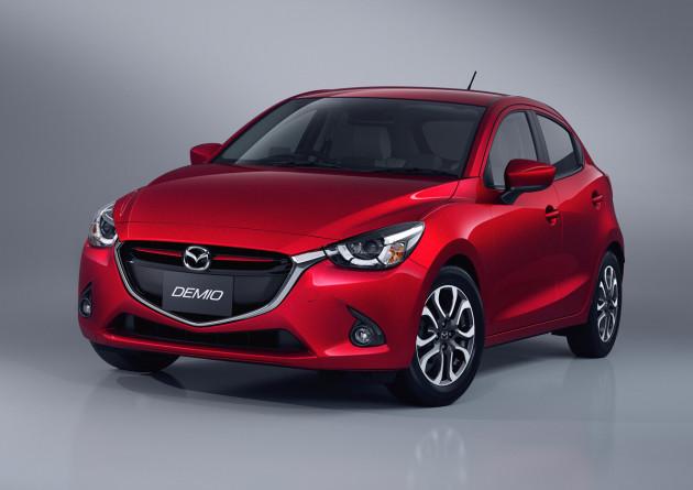 2016-Mazda2-1