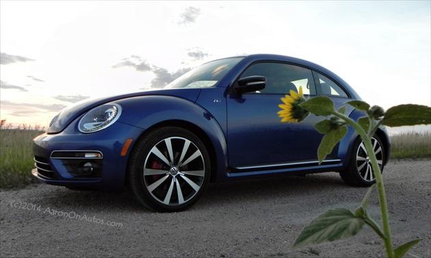 2014-Volkswagen-Beetle-R-Line-1