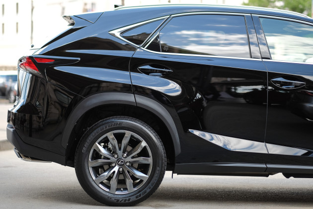 2015-Lexus-NX-4