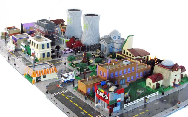 TheSimpsons-LEGO-1