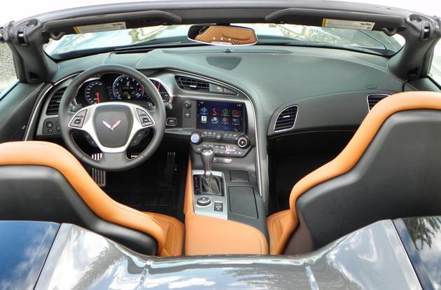 2015-Corvette-Stingray-Convertible4
