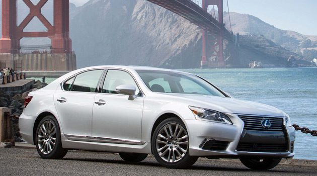 The 2014 Lexus LS460 – It's All About The Back Seat