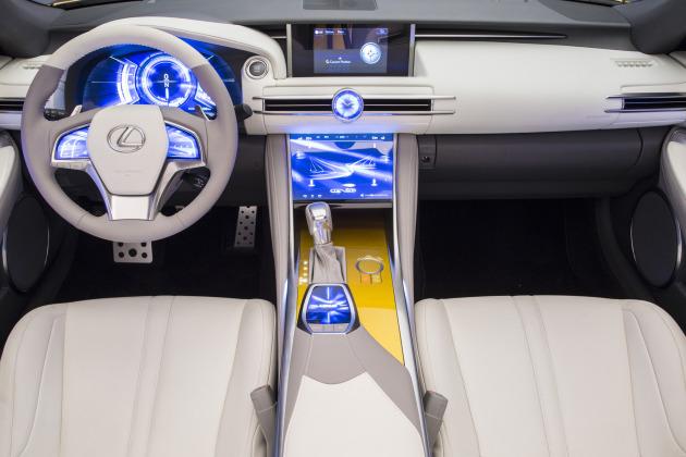 Lexus-LF-C2-Concept-Interior