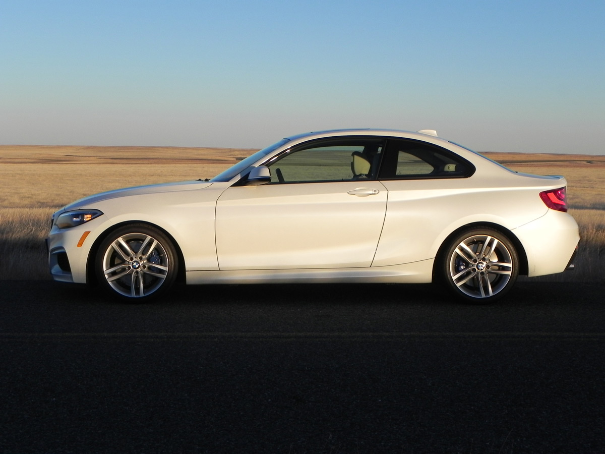 The BMW I Is FourCylinder Sport Coupe Excellence - Bmw 228i 2013