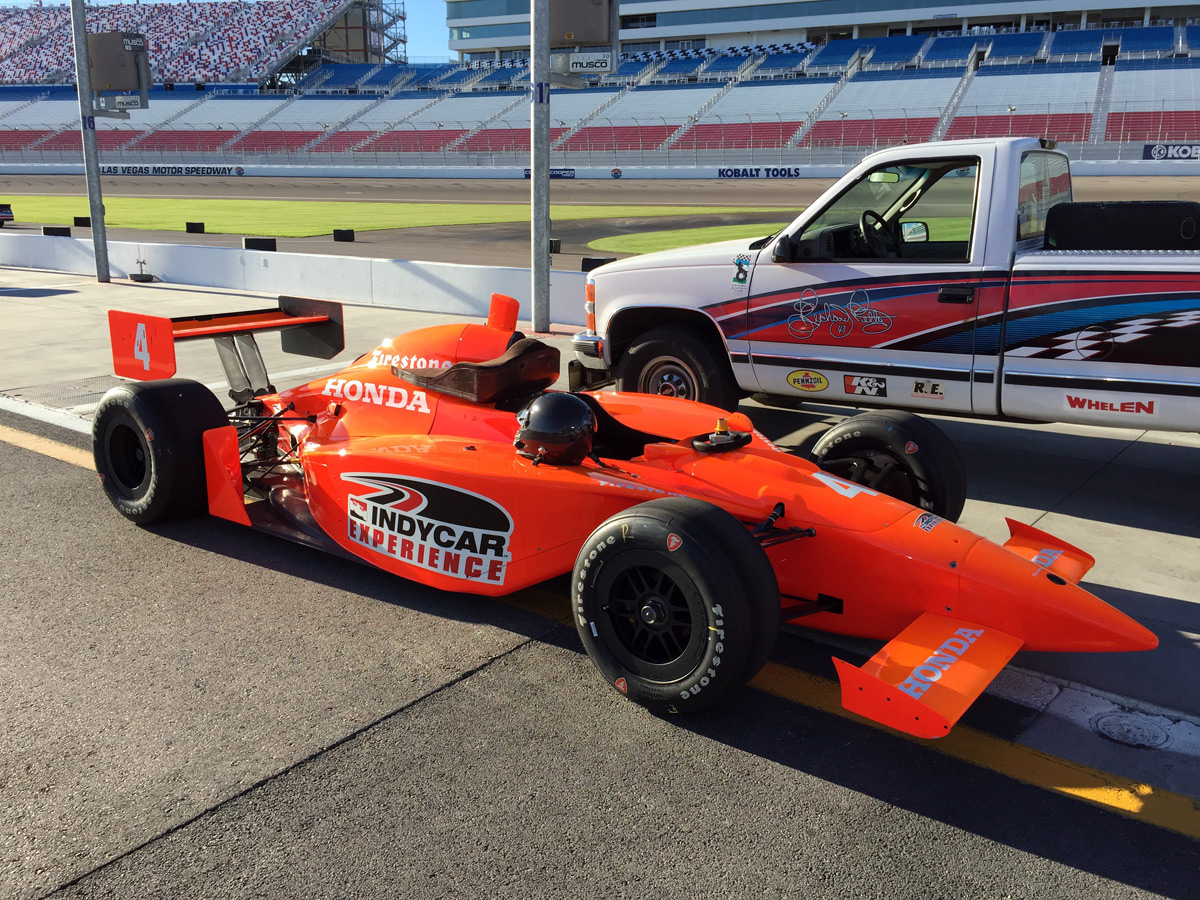Review indycar experience at las vegas motor speedway for Las vegas motor speedway driving experience