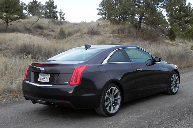 2015-Cadillac-ATS-Coupe-2