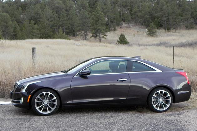 2015-Cadillac-ATS-Coupe-3