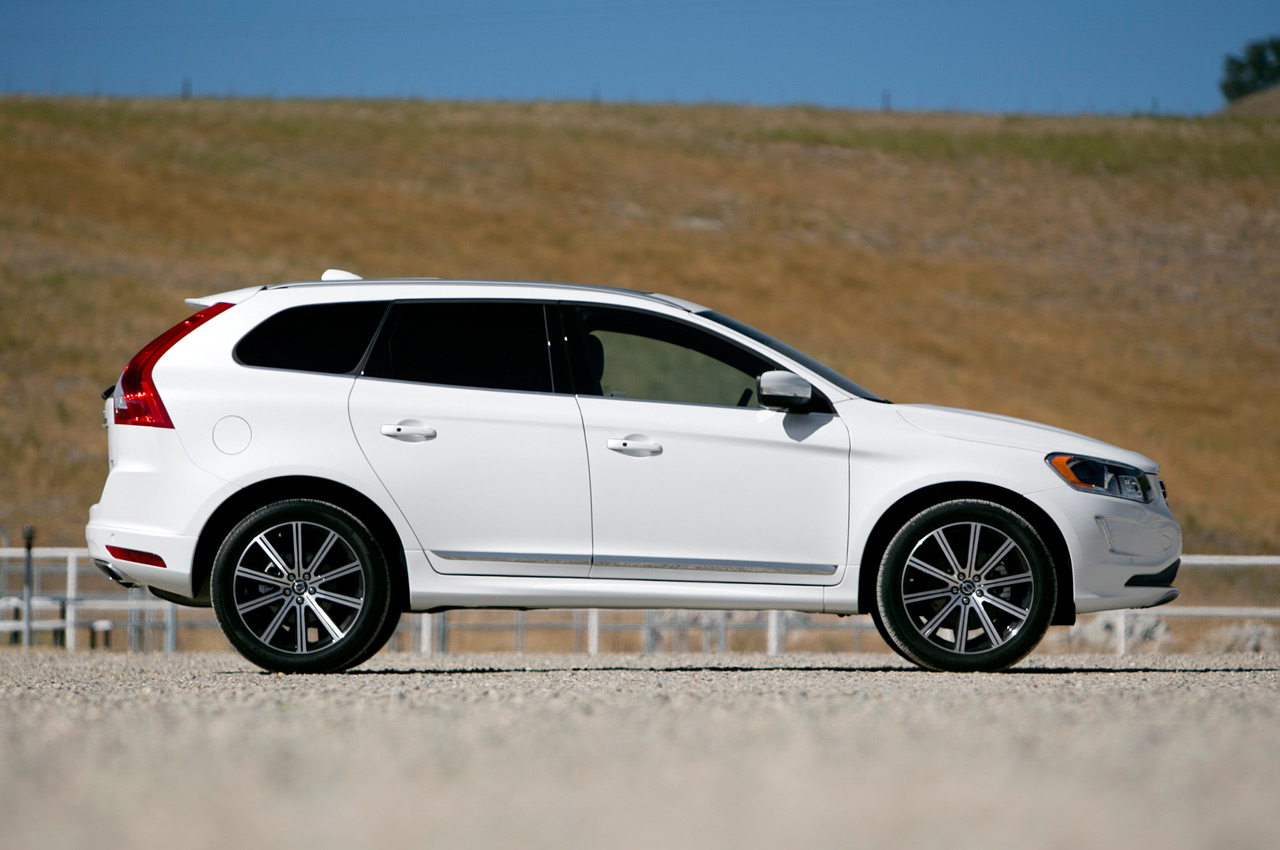 2015 volvo xc60 is the swedes 39 leather jacket. Black Bedroom Furniture Sets. Home Design Ideas