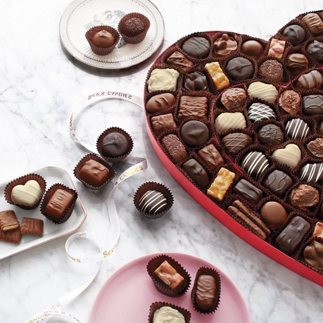 Valentines-Day_SeesCandies