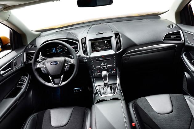 2015-Ford-Edge-Interior