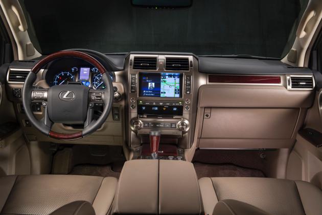 2015_Lexus_GX_460_4