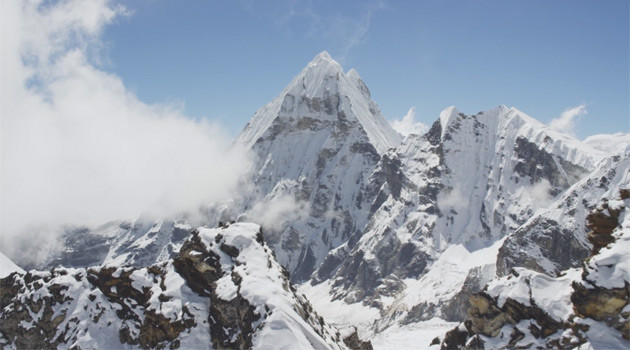 Check Out This Jaw Dropping Video Footage Of The Himalayas!