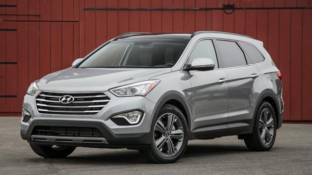 2015-Hyundai-Santa-Fe-1