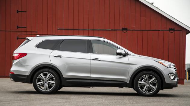 2015-Hyundai-Santa-Fe-3