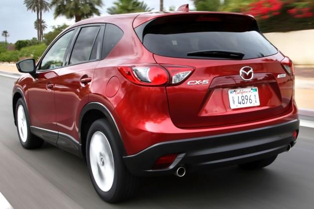 2015_Mazda_CX-5-2