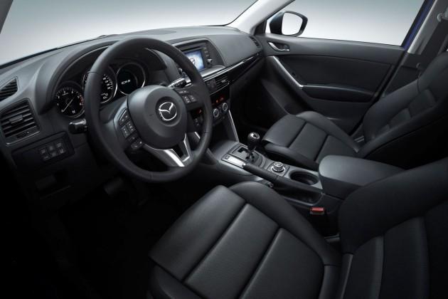 2015_Mazda_CX-5-3