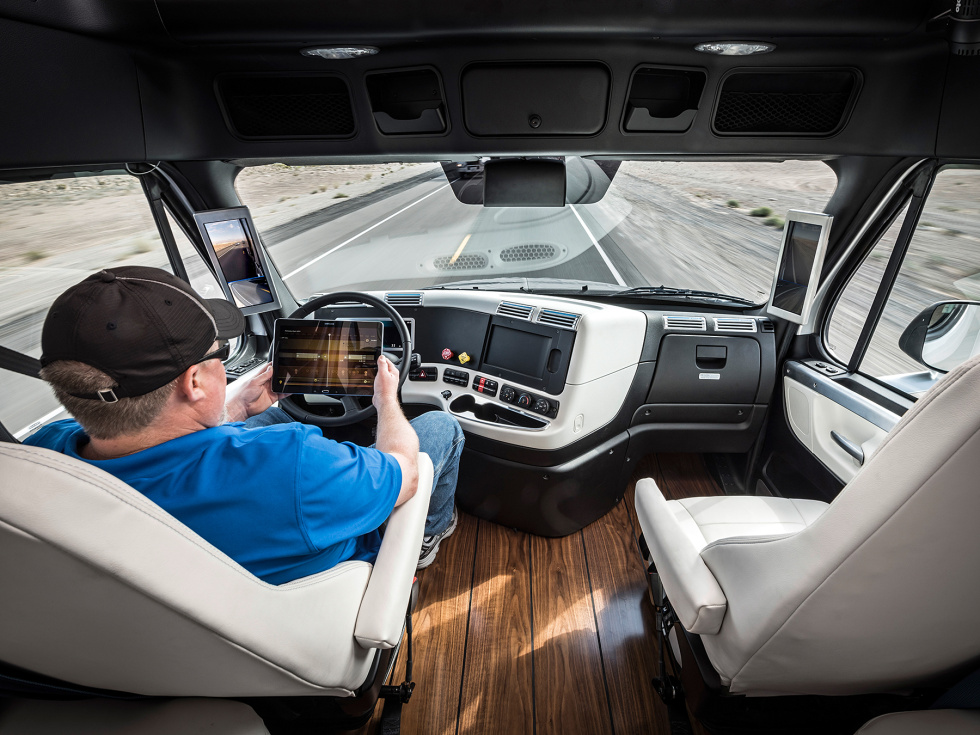 Inspiration-Truck-2 Self Driving Automobiles Hitting the Roads Already in 2015