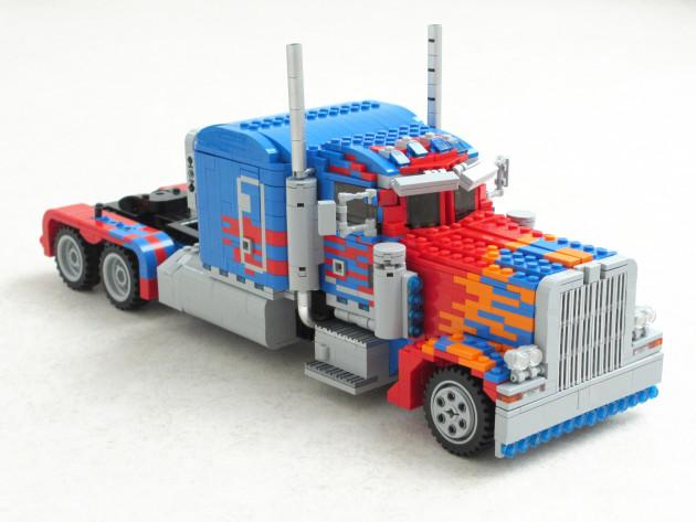 LEGO-Optimus-Prime-1