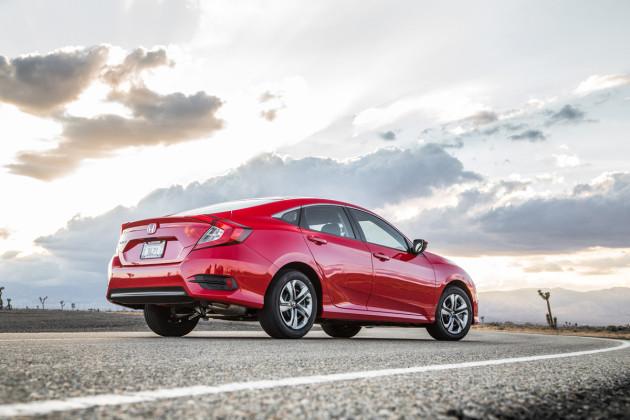 2016-Honda-Civic-Sedan-2