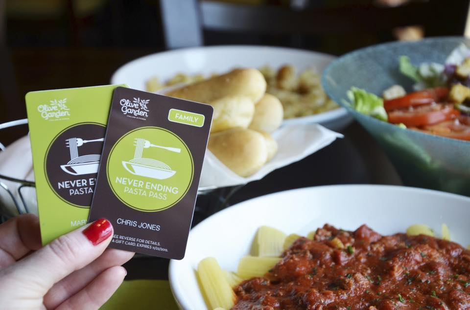 Fatties Rejoice Olive Garden Is Bringing Back Their Never Ending Pasta Pass