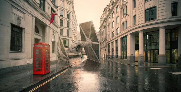 StarWarsCrash-London