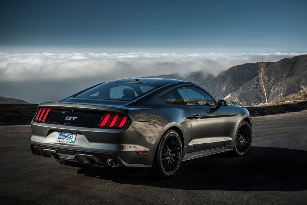 2015-Ford-Mustang-GT-2
