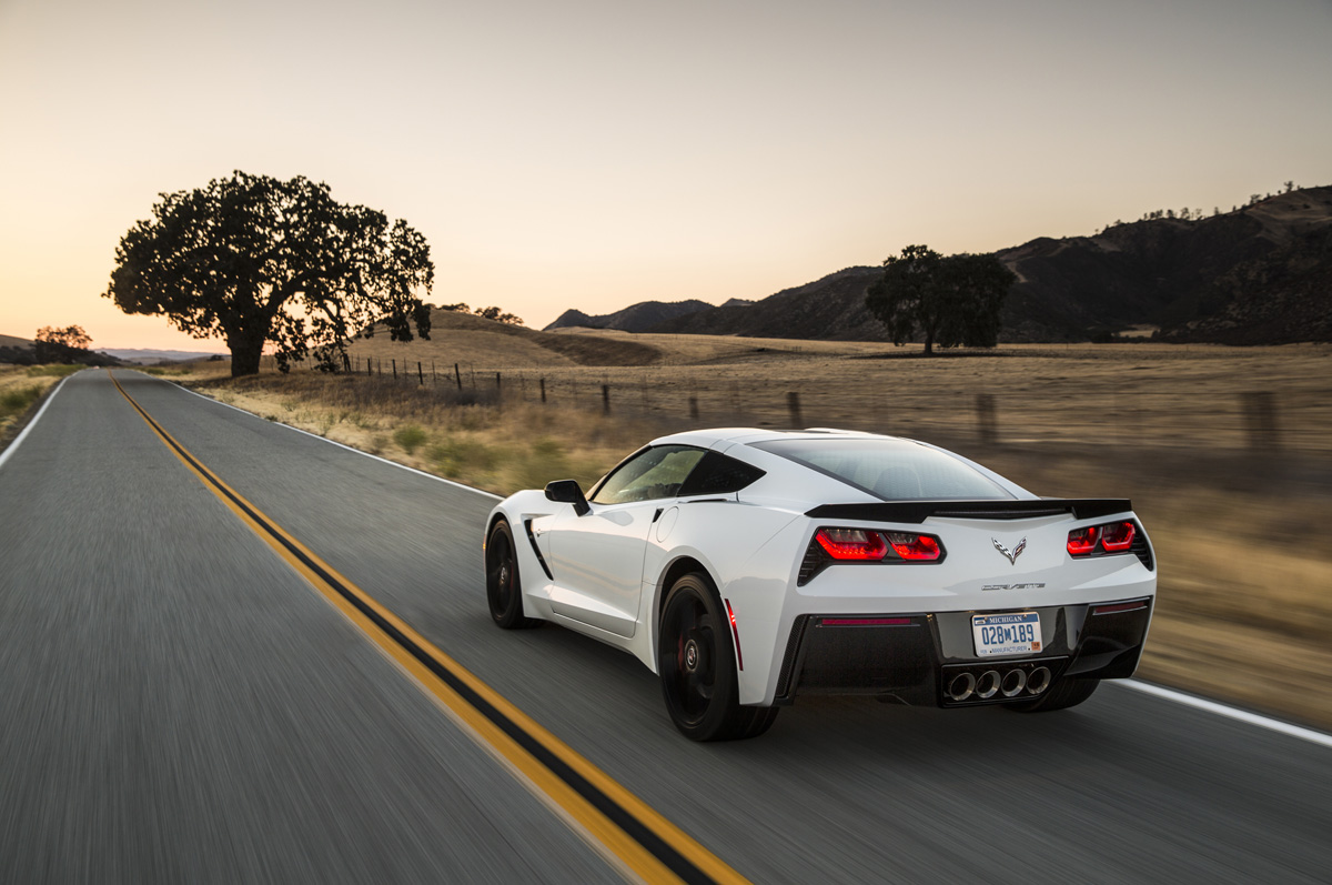 the 2016 corvette stingray z51 rivals cars costing twice as much. Black Bedroom Furniture Sets. Home Design Ideas
