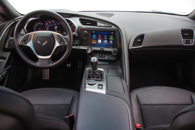 2016-Chevrolet-Corvette-4