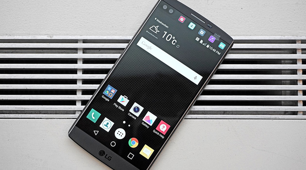 LG V10 Offers Military Grade Durability, Perfect If You're Clumsy