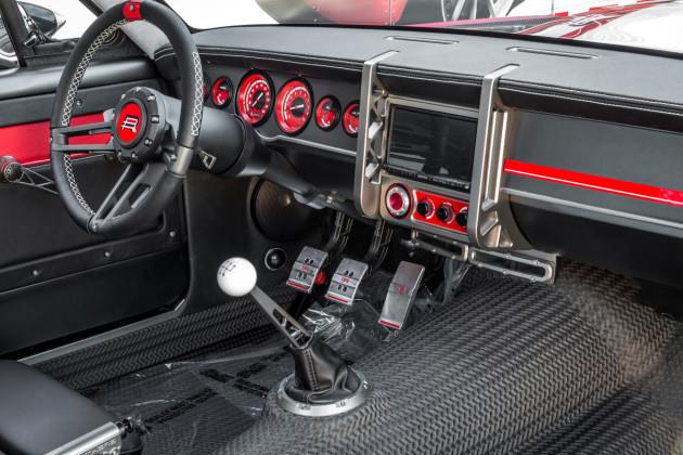 RB-SPLITR-Mustang-7