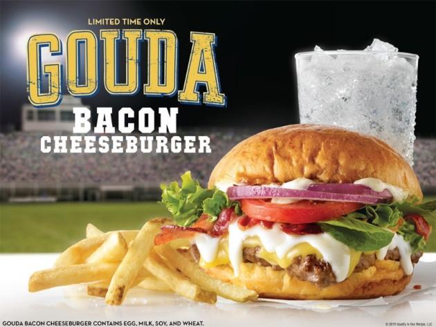 Wendy's Gouda Bacon Cheeseburger